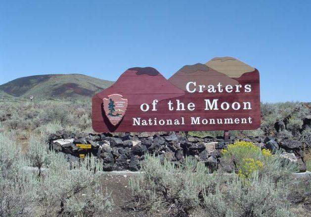 Лунные кратеры фото