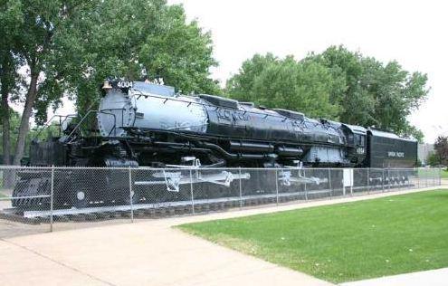 старый локомотив в штате Wyoming