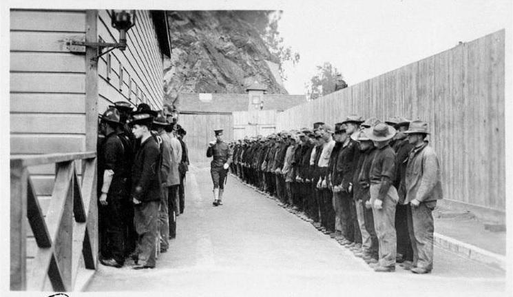 Военнопленные в Алькатрасе фото