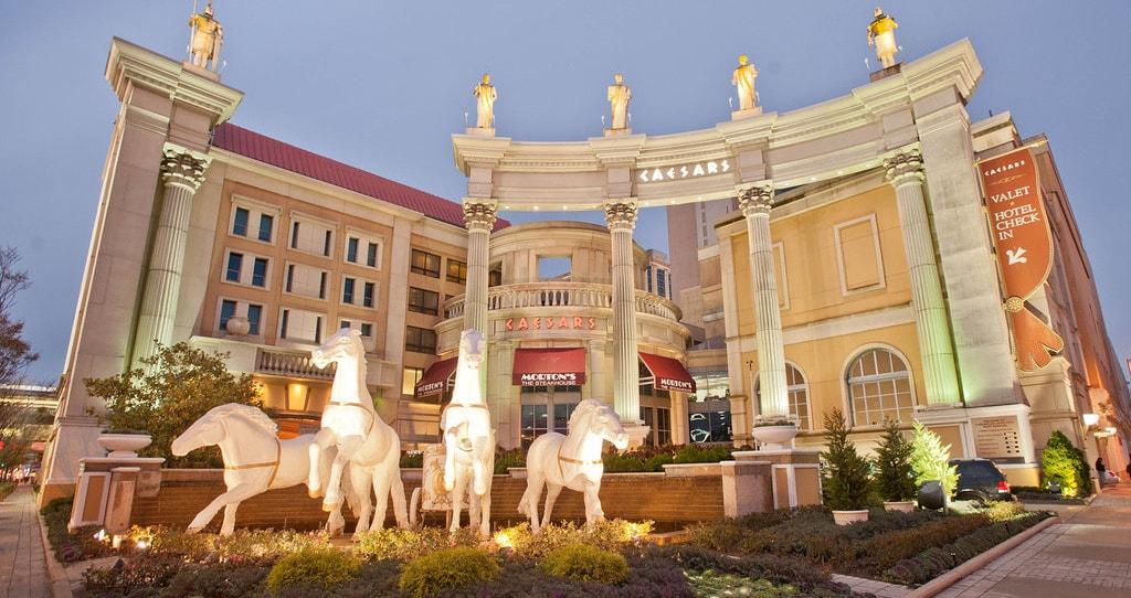 the-hotel-v1574839-72-min